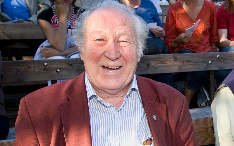 Skådespelaren och regissören Börje Lampenius har avlidit 94 år gammal